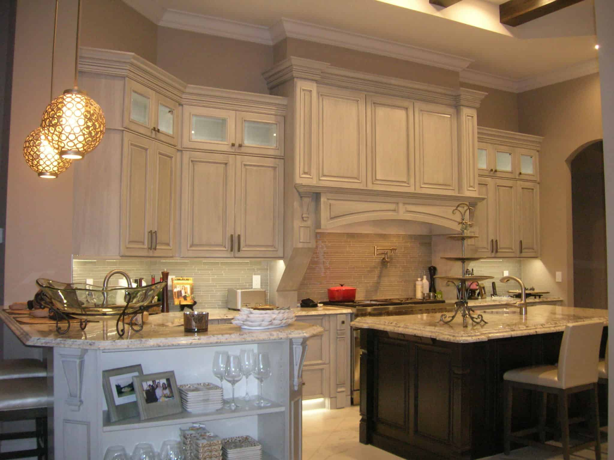 High Quality White Kitchen Cabinets