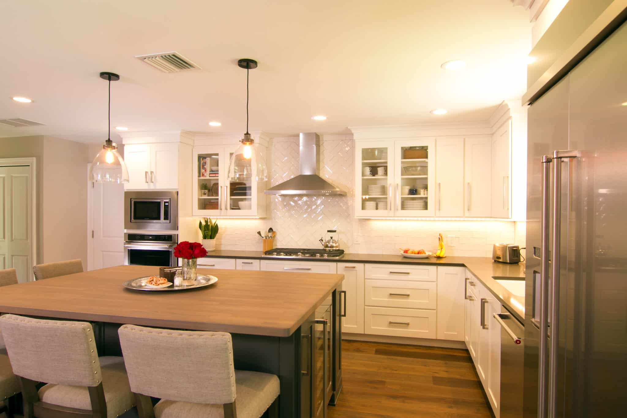 white shacker cabinets