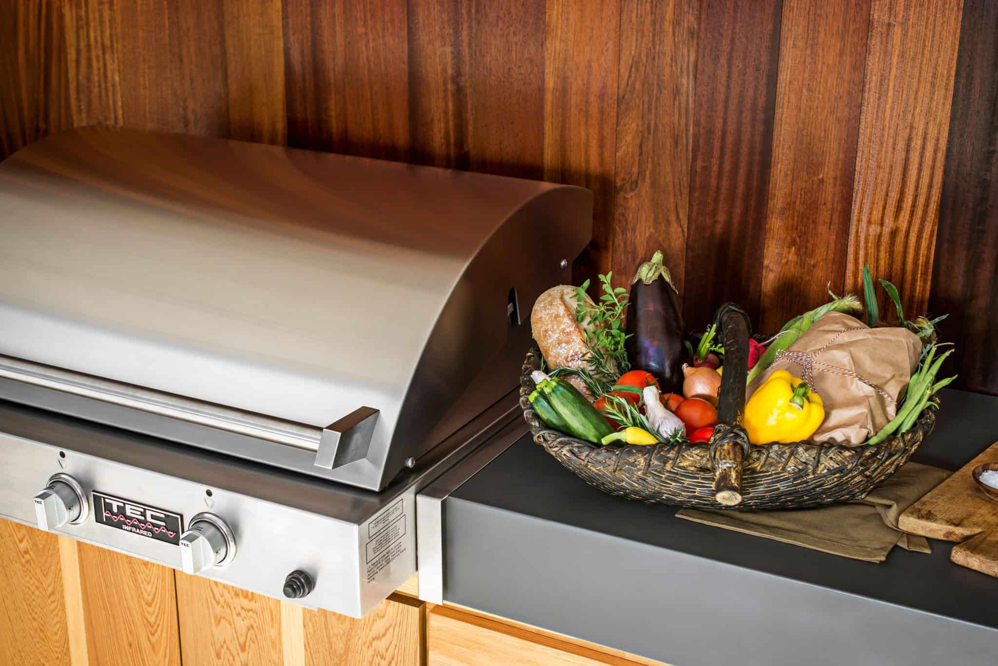 Food and lifestyle photo shoot in Columbia, South Carolina at the Best home for Rawle Murdy Associates Inc. and their client TEC Grills by photographer Stephen Stinson with art director Kate Daughtry; All Photos © Stephen Stinson 2014;